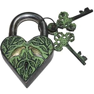 key and padlock amulet